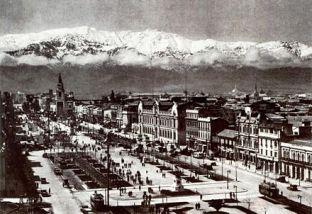 440px-Santiago_de_Chile_1930